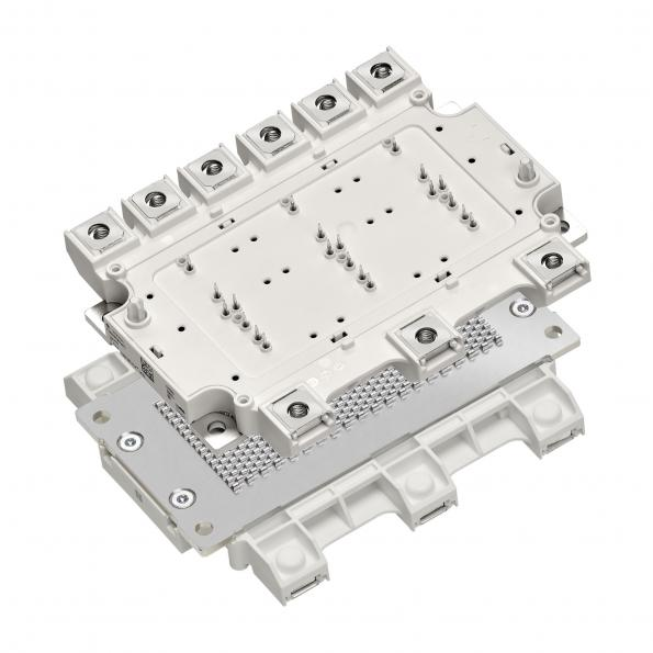 Compact power module for EV traction converters